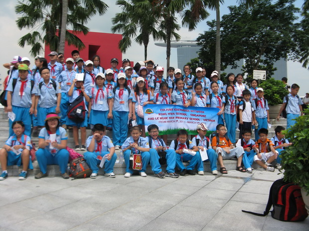 Study Trip of Students of Le Ngoc Han Primary School to Singapore, March 07-11, 2011