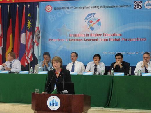 Hội thảo quốc tế xây dựng thương hiệu trong giáo dục đại học