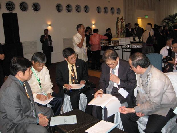 Phiên họp giáo viên Ban Ngôn ngữ và văn hóa nước ngoài