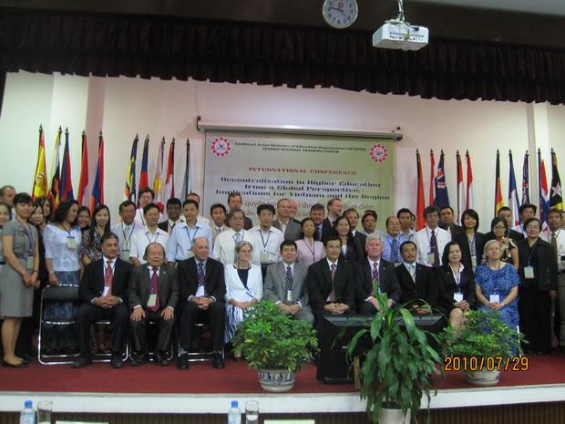 Hội nghị quốc tế về Đổi mới phương pháp dạy và học tiếng Anh