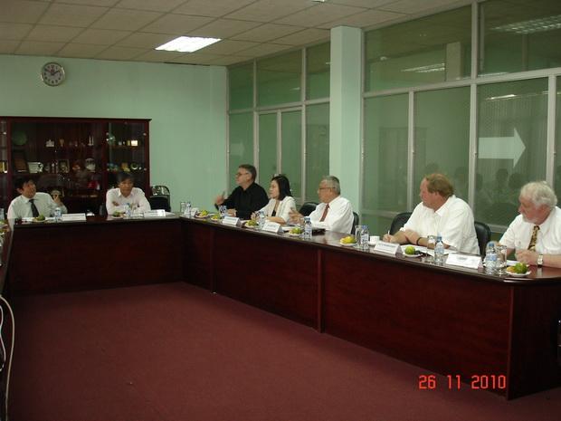 Phiên họp đầu tiên của Hội đồng tư vấn Trung tâm Đào tạo khu vực của SEAMEO tại Việt Nam
