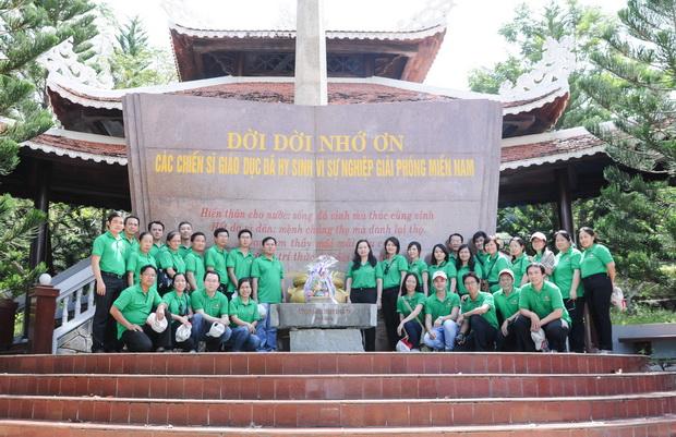 Chuyến đi Viếng Nghĩa trang Liệt sĩ Quốc gia huyện Tân Biên