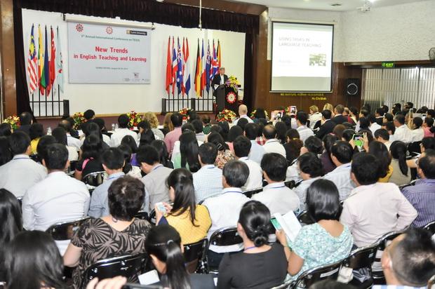 """Hội thảo quốc tế hàng năm về Nghiên cứu và giảng dạy tiếng Anh lần thứ 5 """"Các khuynh hướng mới trong dạy và học tiếng Anh"""""""