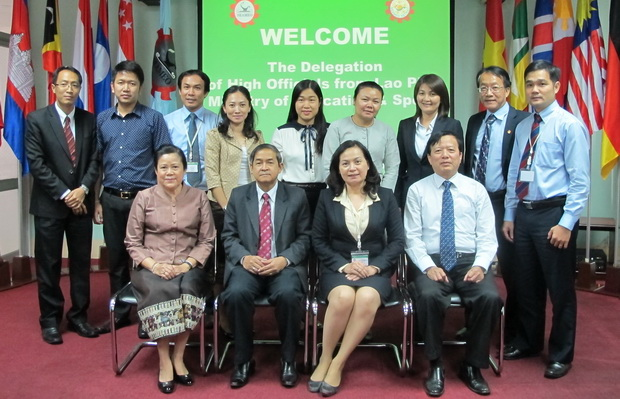 Welcoming the Delegation of High Officials from the Lao PDR Ministry of Education and Sports
