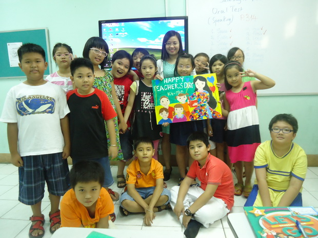 Organizing Drawing Competition at Kiddy Programs