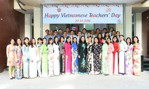 Chào mừng Ngày nhà giáo Việt Nam 18/11/2016