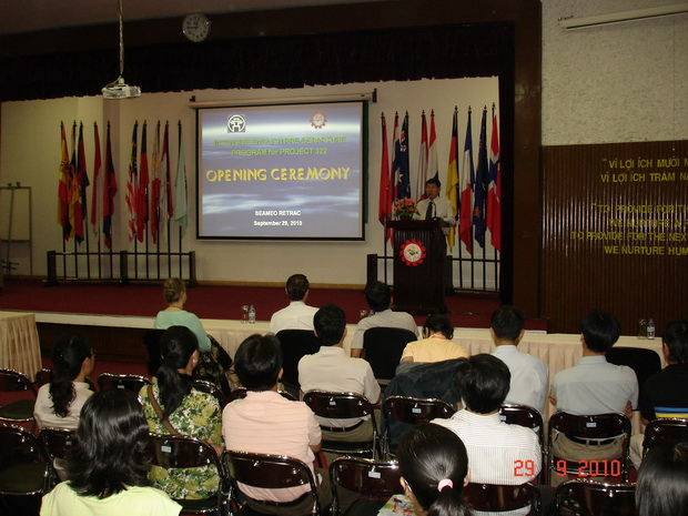 Opening Ceremony of the Pre-departure English Course for the Government Scholarship Recipients: Project 322